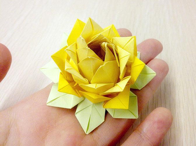 折莲花盆的方法步骤
