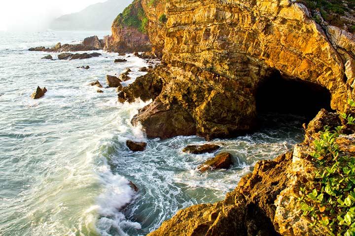 深圳最东,有悬崖餐厅&海边木屋    山庄不仅是深圳的最东端,也是中国