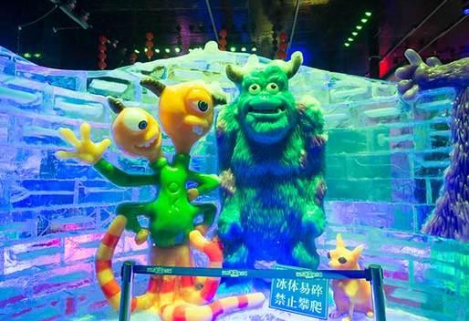 华南最大的冰雪城就在深圳!_华南城润方冰雪城攻略